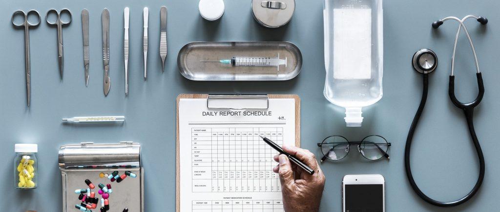 Salud instrumentos medicos tijeras bisturí estetoscopio